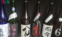 """Sake Nhật Bản và cú """"chạm tay nóng bỏng"""" từ Tổng thống Putin"""