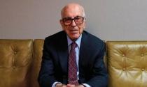 Tỷ phú già nhất nước Mỹ: Thành công từ cách nhìn khác biệt