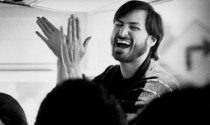 Chỉ với một cuộc điện thoại, Steve Jobs đã cho thấy thứ quan trọng tách biệt người thành công với thất bại