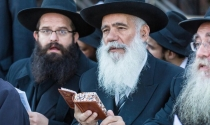 Chuyện người mù đốt đèn lồng và 3 nguyên tắc khôn ngoan của người Do Thái trong đàm phán kinh doanh
