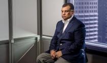 CEO bị điều tra hối lộ, cổ phiếu AirAsia lao dốc
