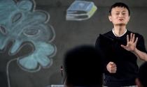 Jack Ma khuyên giới doanh nhân 'không nên học để thành công'