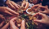 Forbes: Người Việt tiêu thụ rượu bia tăng nhanh nhất thế giới