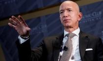 Khi vợ cũ từ thiện nửa tài sản, Jeff Bezos đã làm được những gì?