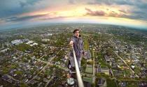 Selfie, mạng xã hội và những mảng tối của công nghệ 10 năm qua