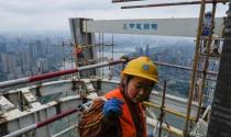 Kinh tế Trung Quốc lao đao, người nghèo hứng đòn nặng nhất
