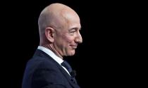 Kinh tế Mỹ lao đao vì virus, tỷ phú Jeff Bezos vẫn có thêm 24 tỷ USD