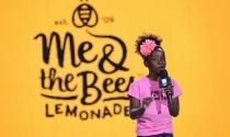 CEO 14 tuổi kiếm hàng triệu USD nhờ nước chanh mật ong