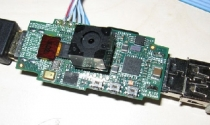 """Raspberry Pi, máy tính """"tý hon"""" giá 25 USD"""