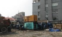 """Hoàng Mai, Hà Nội: """"Nồi cháo đất"""" khổng lồ"""