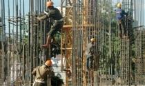 Không tin được cứu, doanh nghiệp địa ốc tăng tốc xả hàng