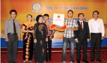 Cùng Kim Oanh nhận lộc vàng đầu năm