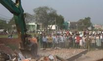 Nhà xây dựng không phép ở TPHCM: Xử lý nửa vời, dân nhờn pháp luật