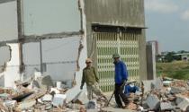 Cưỡng chế hàng trăm nhà xây không phép: Dân nghèo trắng tay