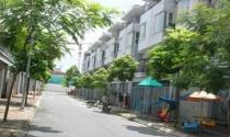 Nỗi khổ của người dân bị thu hồi đất để xây dựng khu đô thị Văn Phú