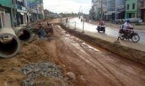 Mở rộng Quốc lộ 1A: Khi nào người dân Bình Thuận mới được tái định cư?