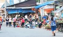 Chợ tự phát tràn lan, chợ truyền thống điêu tàn