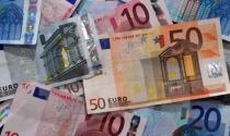 Đồng euro tiếp tục giảm xuống mức thấp kỷ lục mới trong 12 năm