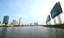 Bờ sông Sài Gòn đang bị chia cắt