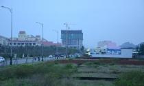 Người Trung Quốc gom đất gần sân bay