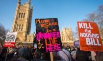Anh: Hàng nghìn người tuần hành phản đối chính sách nhà ở