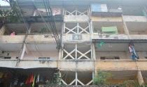 """Hà Nội: Hàng trăm người run rẩy sống trong chung cư """"tử thần"""""""