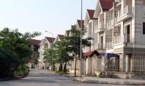 Bất động sản 24h: Hệ lụy quản lý lỏng lẻo nhà bỏ hoang