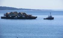 Dự án đưa những ngôi nhà vượt biển từ Canada tới Mỹ