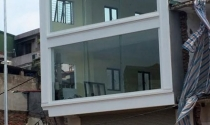 Chủ tịch Hà Nội yêu cầu làm rõ cột điện 'mọc' xuyên nhà 4 tầng