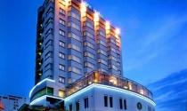 Bát nháo chuyện khách sạn tự phong sao