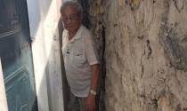 """Nhà biến thành """"hầm"""" vì con đường đắt đỏ ở Hà Nội"""