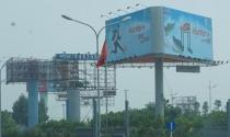 Xử lý biển quảng cáo vi phạm ở Hà Nội: Xóa sổ toàn bộ?