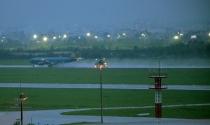 Sân bay Tân Sơn Nhất có thể đóng cửa vì một con kênh