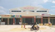 Tiểu thương bị 'răn đe' nếu chuyển khỏi chợ Kế Xuyên cũ ở Quảng Nam