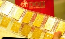 Giá vàng hôm nay 3/3: Tin xấu dồn dập, vàng tụt giảm
