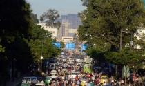 Thêm cao ốc vào trung tâm TP.HCM: Giải quyết giao thông ra sao?