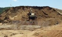 """Giá cát xây dựng tại TP.HCM """"bỗng dưng"""" tăng đột biến"""