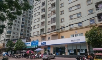 """Tranh chấp tại chung cư 310 Minh Khai: Dân nói """"sai"""", phường bảo """"đúng"""""""
