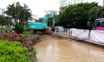 Hà Nội: Vỡ đường ống, hàng nghìn hộ dân mất nước sinh hoạt