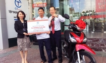 Tập đoàn C.T Group tặng xe Honda Future cho bác xe ôm