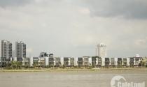"""""""Sông Sài Gòn chia cho các dự án bất động sản, dân chúng tôi có được vào không?"""""""