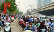 """Cao ốc bủa vây, đường Nguyễn Xiển sẽ """"tắc không lối thoát""""?"""