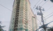 Khách hàng khóc thét với chung cư xây 10 năm chưa xong