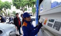 Điểm tin sáng: Giá xăng có thể giảm 500 - 600 đồng trong hôm nay