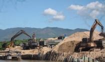 Quảng Nam:  Mạnh tay với nạn khai thác cát, sỏi trái phép