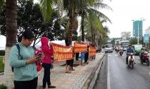 Bất lực với chủ đầu tư, người dân kéo đến UBND tỉnh 'đòi' nhà