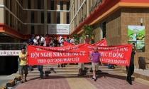 """Nóng trong tuần: Nan giải """"cuộc chiến"""" quỹ bảo trì chung cư"""