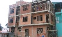 Bất động sản 24h: Vướng mắc trong quản lý trật tự xây dựng