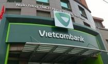 VietcomBank không còn là cổ đông lớn của MBB và EIB