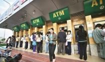 Đến hẹn lại lên – NHNN yêu cầu không để ATM hết tiền